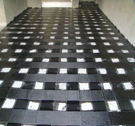 板面粘貼碳纖維布